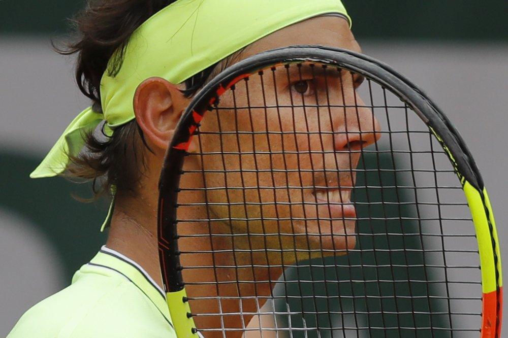 Wimbledon to make coronavirus decision next week
