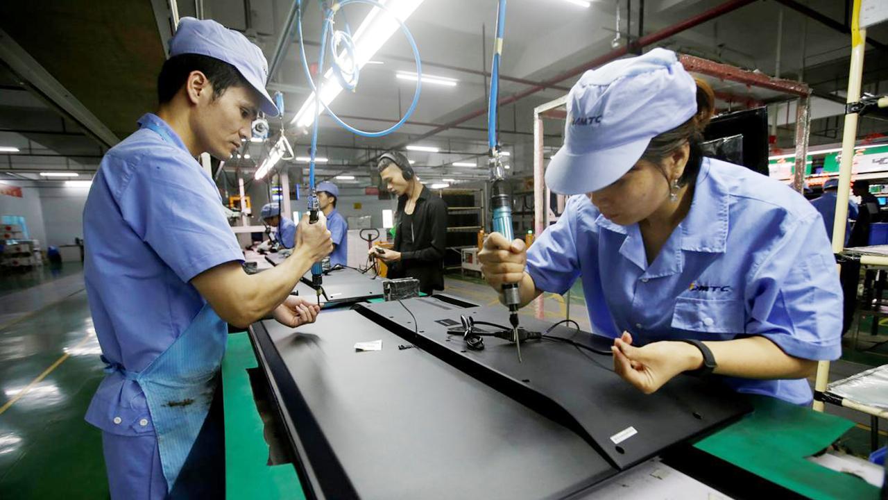 Smart supply chains sustain China's anti-epidemic fight, work resumption
