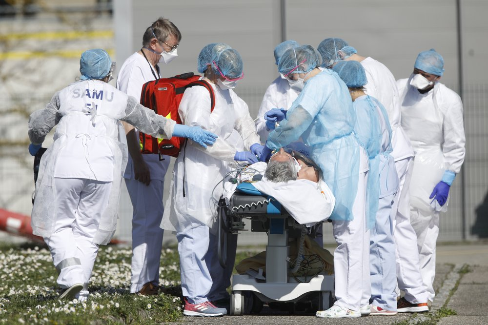 France reports 365 COVID-19 fatalities in one day as death toll rises