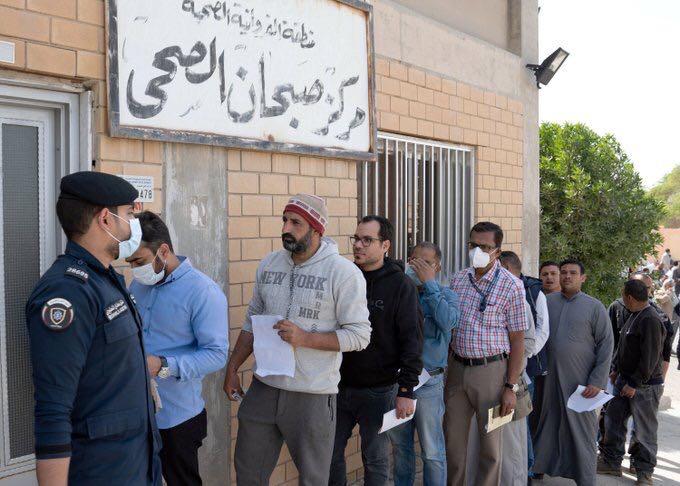 Iran reports 3,076 new cases of COVID-19