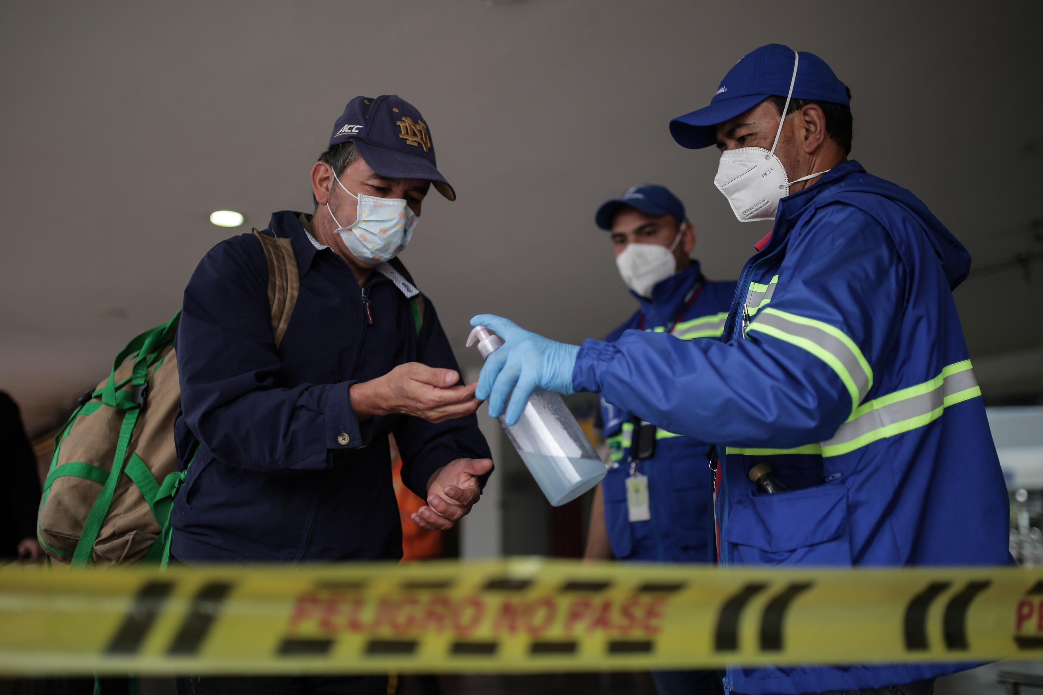 LatAm reports more COVID-19 cases, takes strict measures against virus spread