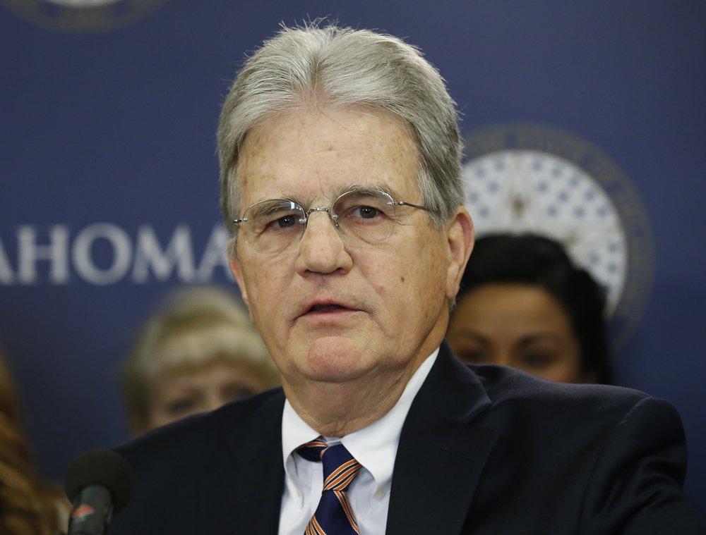 Ex-Sen. Tom Coburn, conservative political maverick, dies