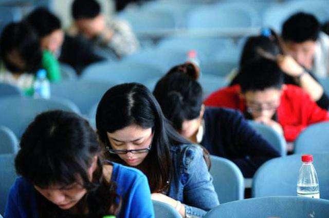 China's Hubei to recruit more civil servants