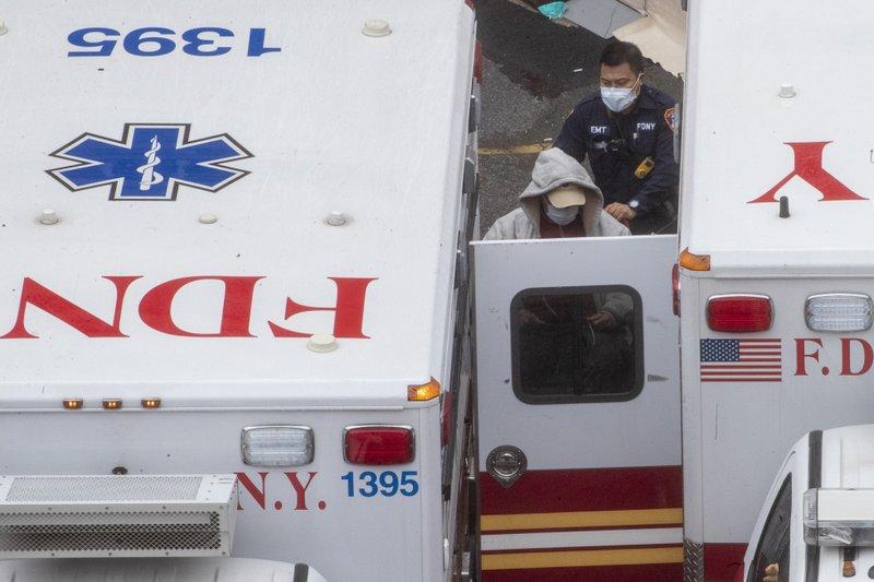 New York state nears 1,000 coronavirus deaths