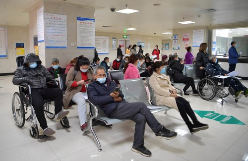 Chinese mainland reports 31 new confirmed COVID-19 cases
