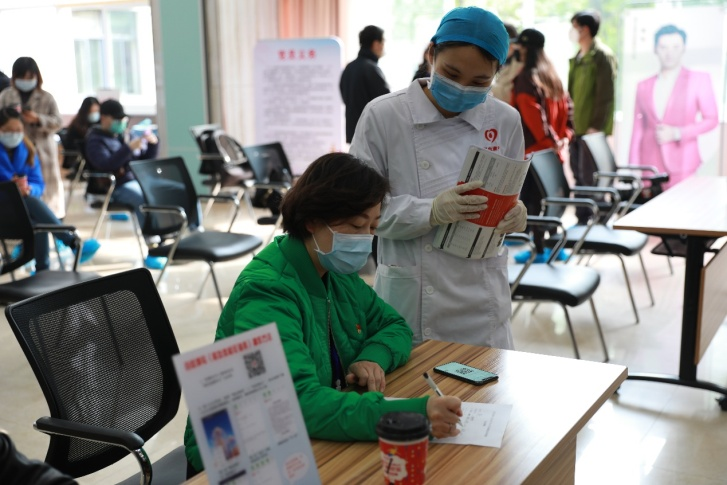 Blood donors help fill critical medical needs in Wuhan