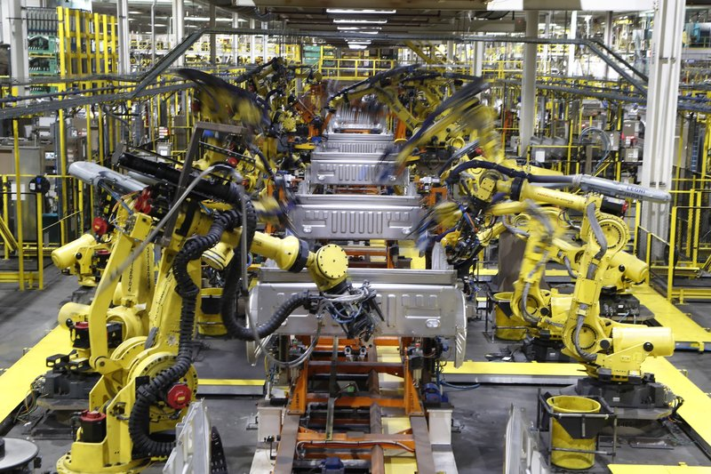 Surveys: Manufacturing contracts last month in US, world