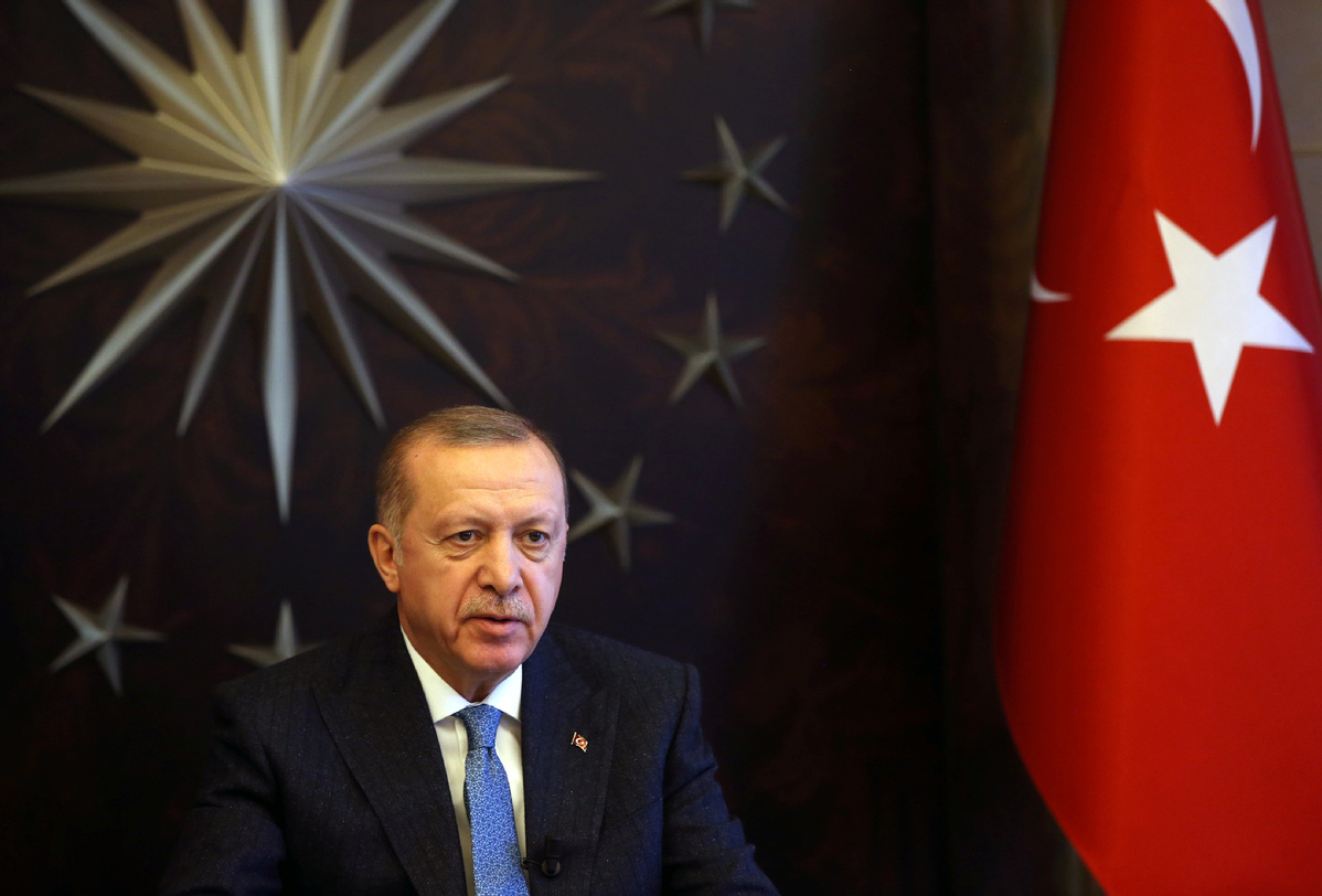 Turkish president warns of tighter measure if COVID-19 outbreak grows