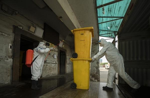 Hospital cleaner's work helped defeat virus