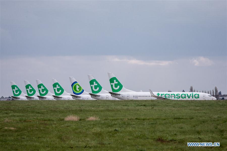 Paris Orly airport closes as air traffic dwindles