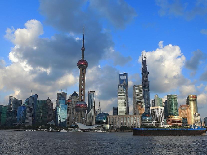 Shanghai reports 2 new imported COVID-19 cases