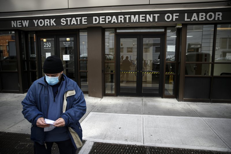 US unemployment systems tested by surge of applicants