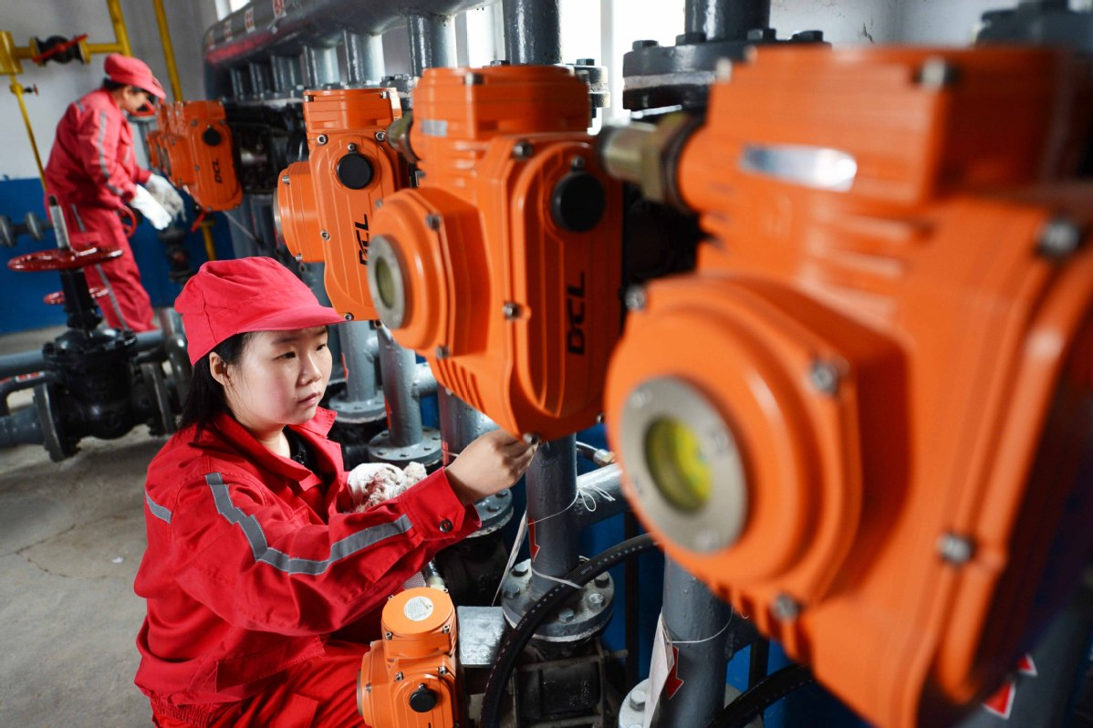 China's crude oil output up 3.5 pct in Jan.-Feb.