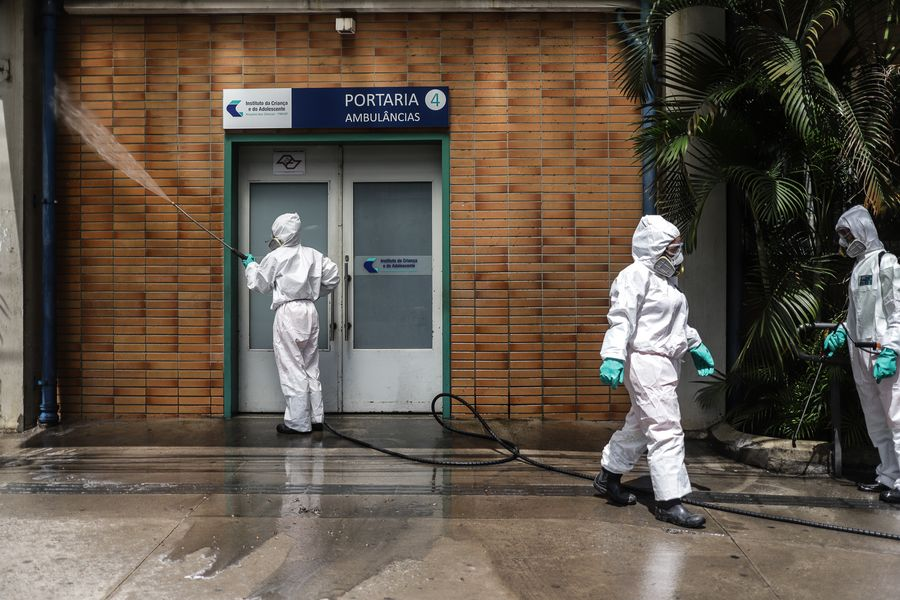 Hardest-hit state in Brazil extends COVID-19 lockdown