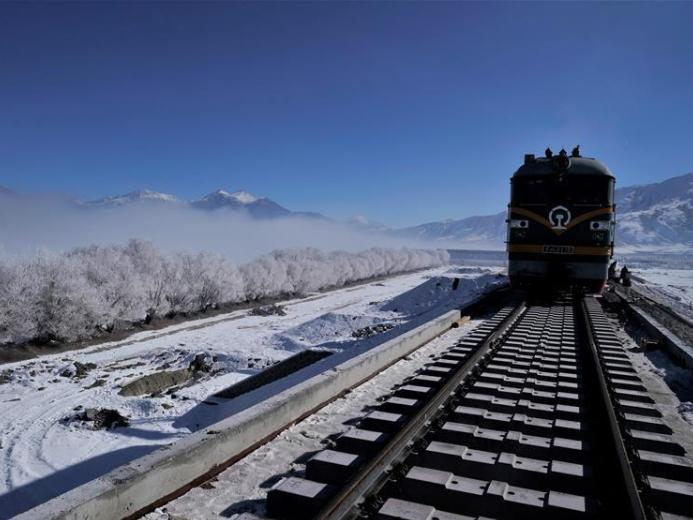 Lhasa-Nyingchi section of Sichuan-Tibet railway progresses smoothly