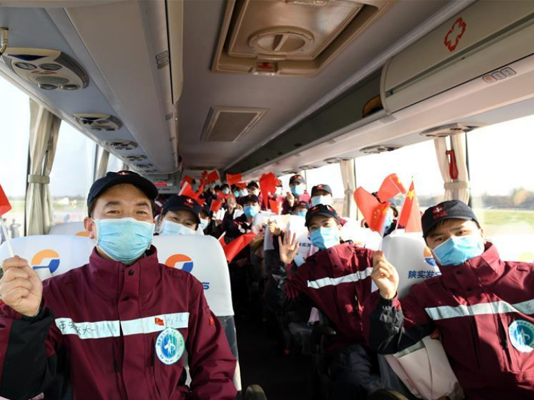 Medical workers return to Shaanxi after aiding COVID-19 fight in Hubei