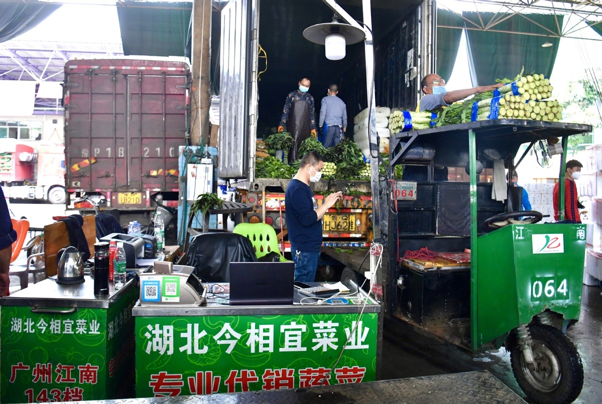 Hubei vegetables find way to market