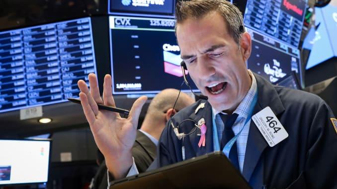 US stocks open higher on massive Fed stimulus plan