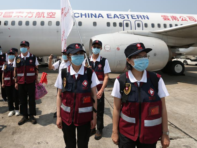 Chinese medical experts arrive in Yangon