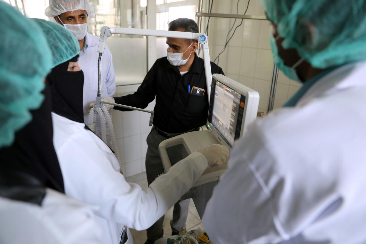 Yemen has 1st confirmed virus case, more than 10,000 in Israel