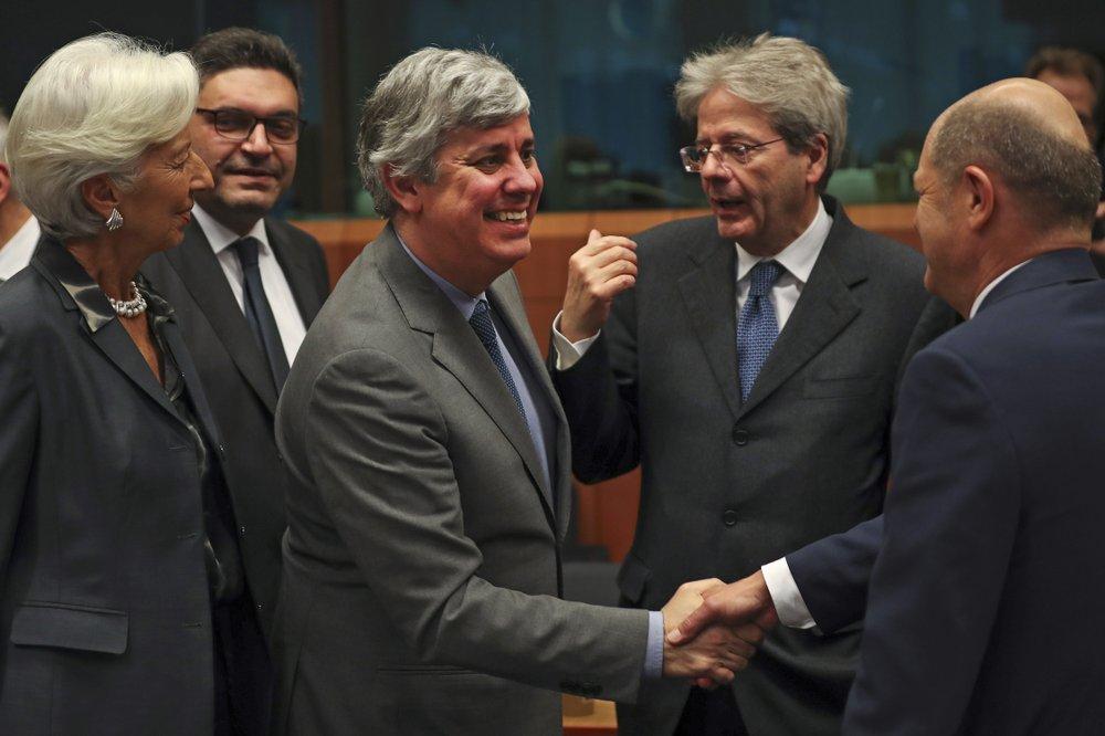 EU agrees on virus economy aid but split over way ahead