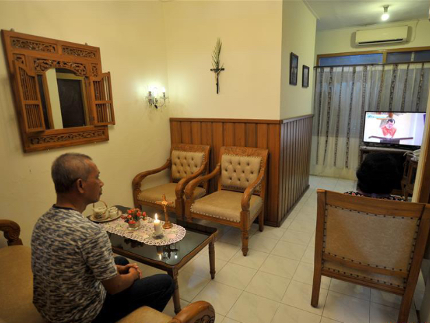 Online service on Good Friday held during COVID-19 outbreak in Indonesia