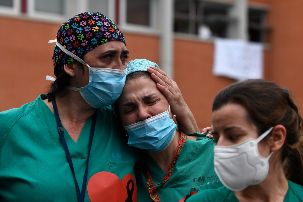 Spain's daily virus toll falls again with 510 dead