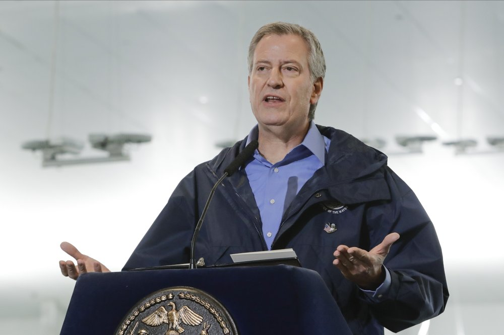 School's out or in? Governor, mayor give different answers