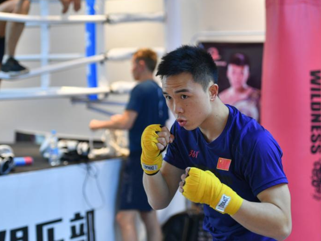 Chinese boxer Xu Can pursuing the ultimate prize