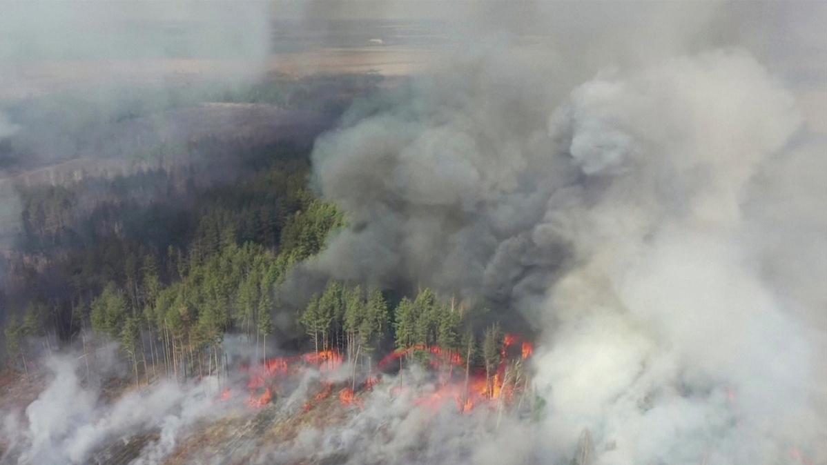 Fire raging near Ukraine's Chernobyl poses radiation risk, say activists