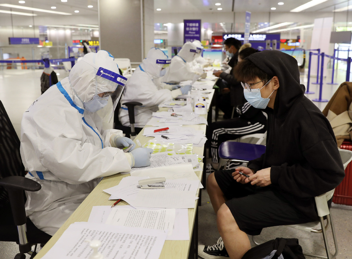 Asymptomatic COVID-19 cases reach 6,764 on Chinese mainland