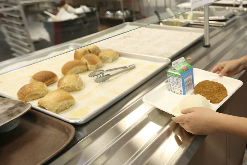 Court throws out Trump rollback of school nutrition rules