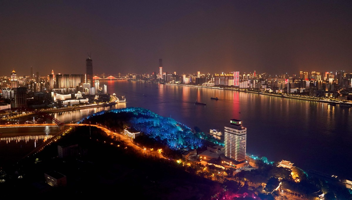 Wuhan restarts: Central SOEs on fast track