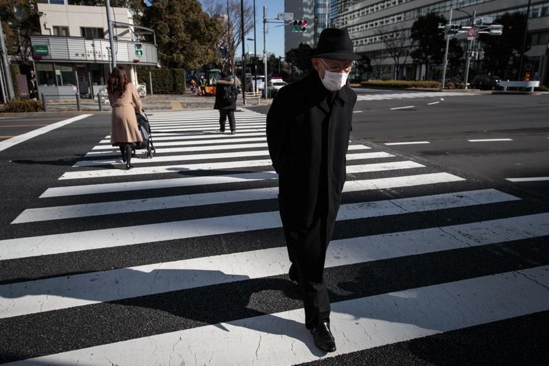 Tokyo stocks open lower as US retail sales, production data plummets