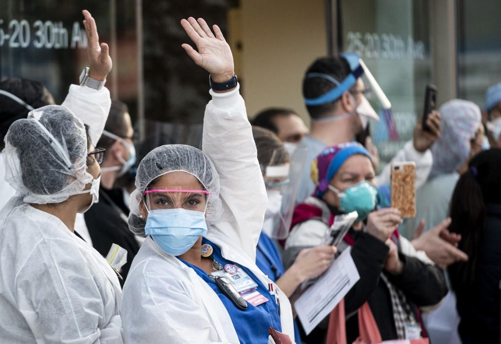 US coronavirus death toll tops 30,000: tracker