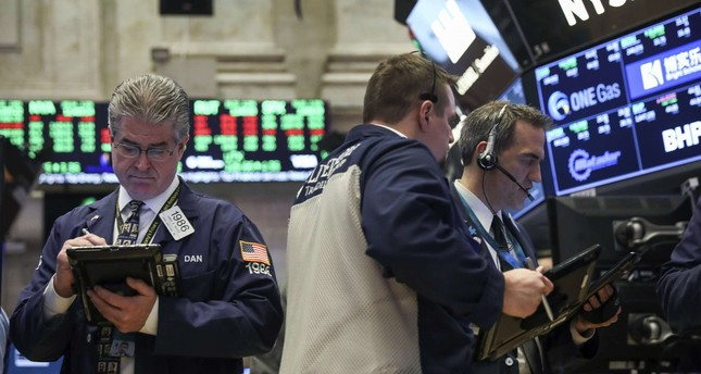 Dow rallies more than 500 points shortly after opening