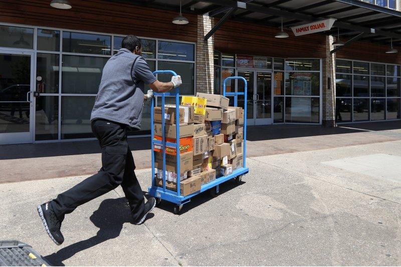 US job losses mount as economic pain deepens worldwide