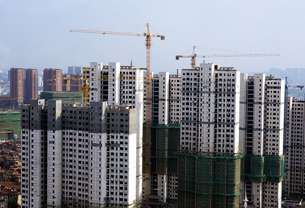 China's fixed-asset investment down 16.1 pct in Q1