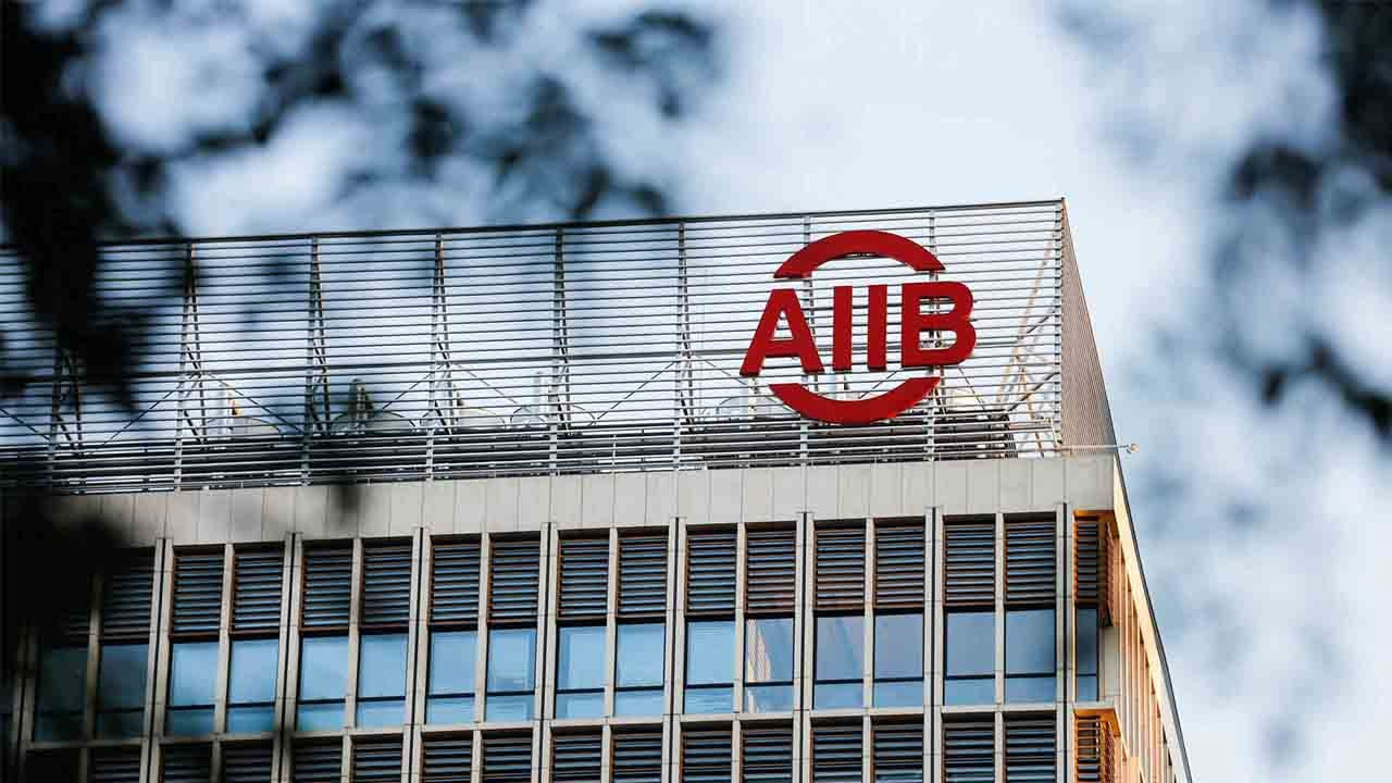 AIIB doubles COVID-19 crisis response to 10 billion USD