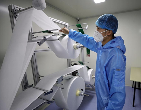 China cracks down on profiteers reselling melt-blown fabric for medical masks