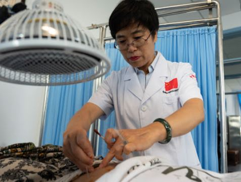Expert calls for strengthened TCM research in response to epidemic