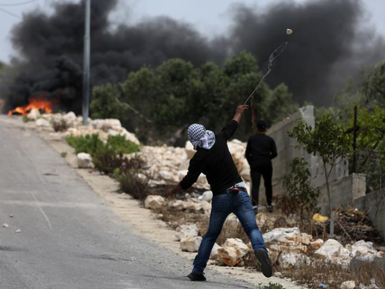 Clashes after protest against expanding of Jewish settlements near Nablus