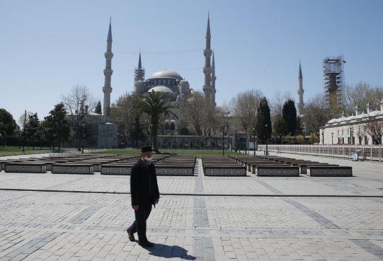 blue mosque turkey (ap).jpg