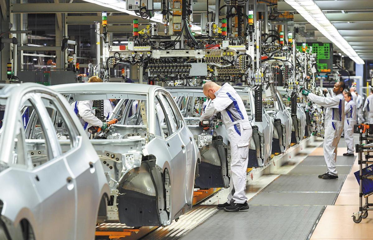 German carmakers to resume production as economy reopens