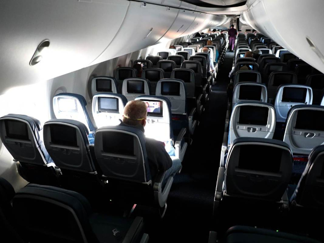 Airlines set to cap seat numbers amid concerns