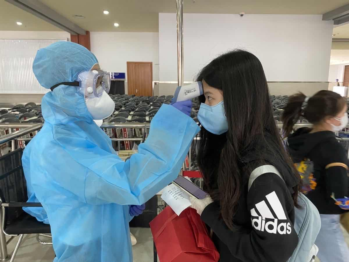 39 COVID-19 patients discharged from hospitals on Chinese mainland