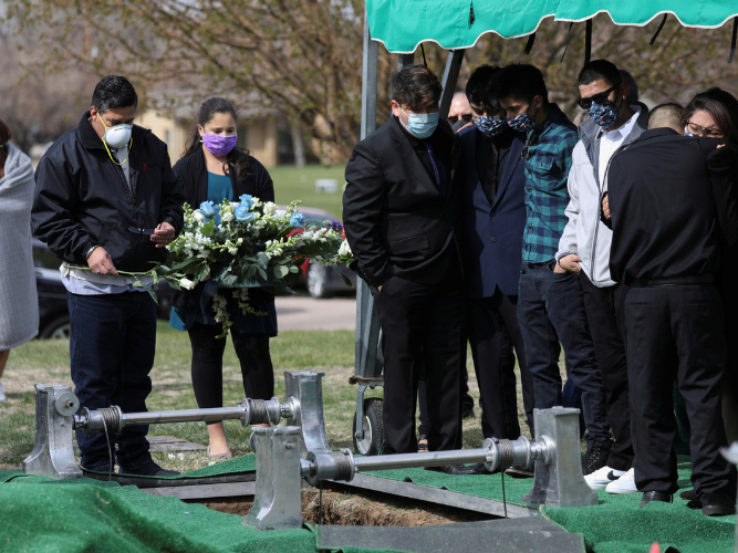 Coronavirus pandemic affecting how funerals conducted in US