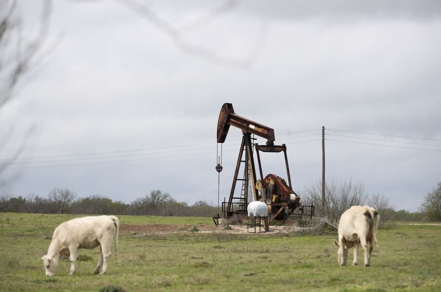 US oil price turns negative for first time in history