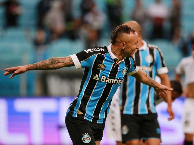 AC Milan eyeing fresh bid for Brazil forward Everton