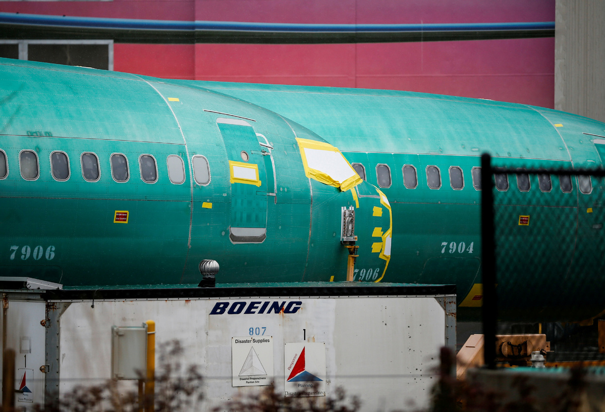 Boeing hit by cancel orders of MAX jets